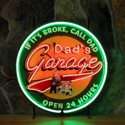Dad's Garage neon met achterplaat