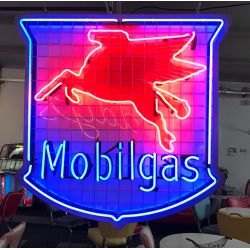 Mobil Gas Neon