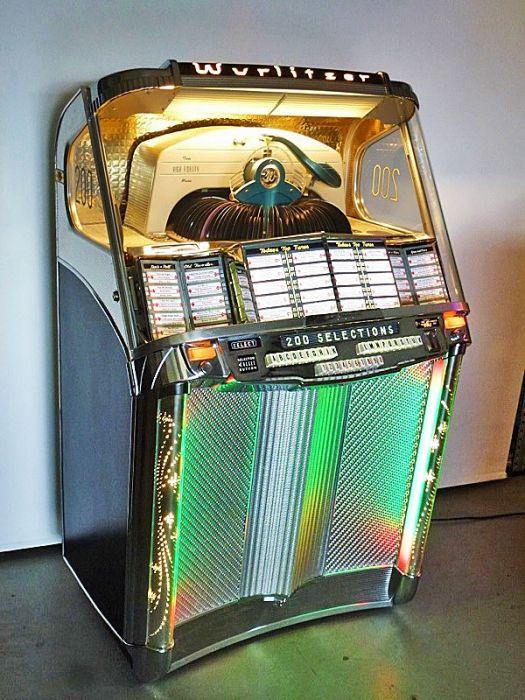Wurlitzer Jukebox 2000 - 1956
